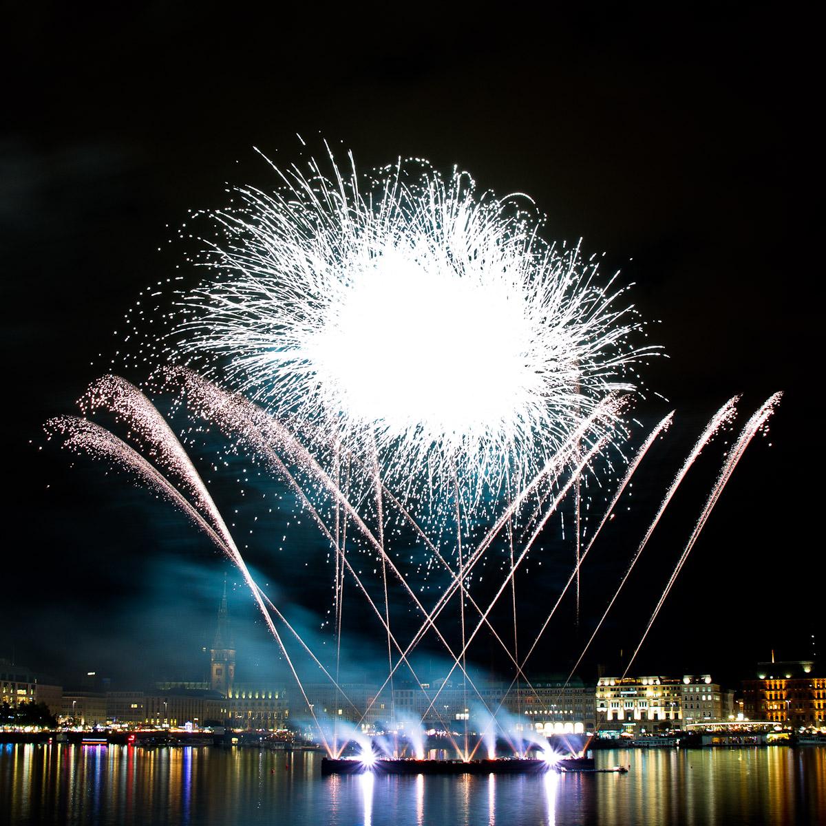 Feuerwerk beim Alstervergnügen 2011
